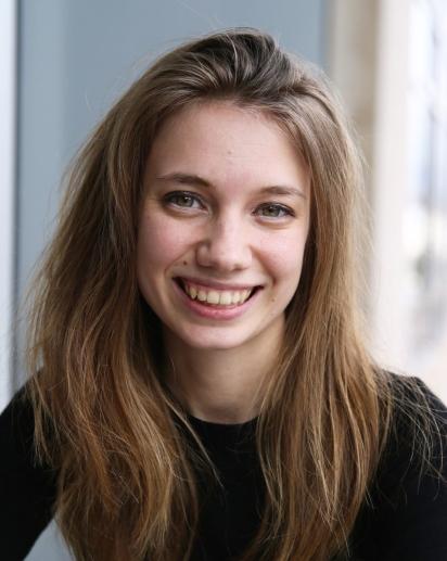 Alison Paquette headshot