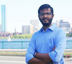 Headshot of Diwakar Pattabiraman