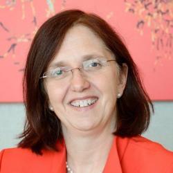 Barbara Jobst headshot - Sq