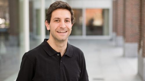 Associate Professor Sergi Elizalde